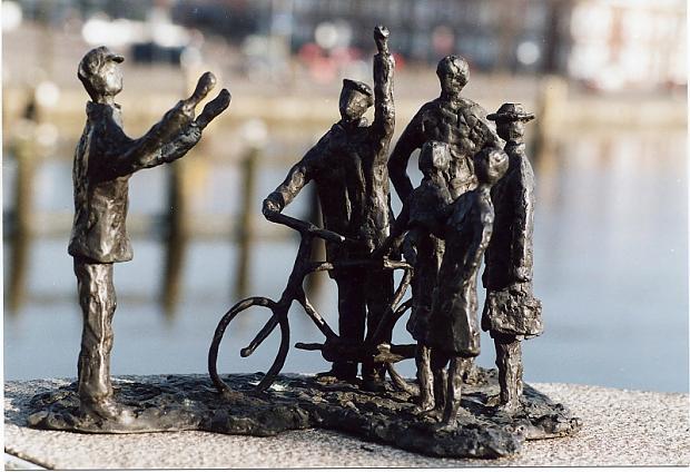 Het monument 'Februaristaking' in Zaandam - Foto: © Philip Schroot / Nationaal Comité 4 en 5 mei