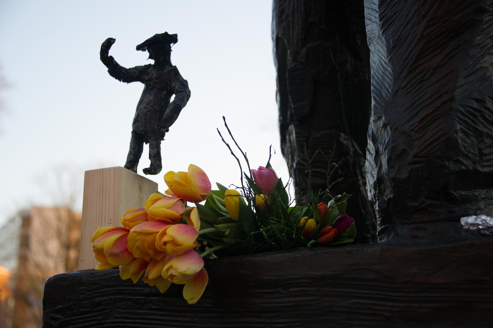 Bloemen bij de Dokwerker