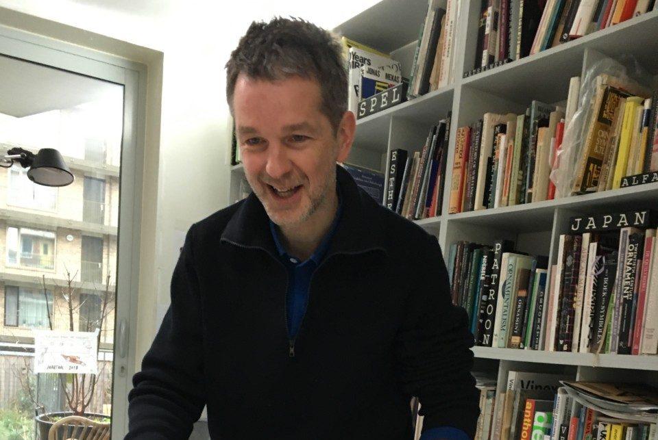 Richard Niessen aan de slag in de ontwerpfase.